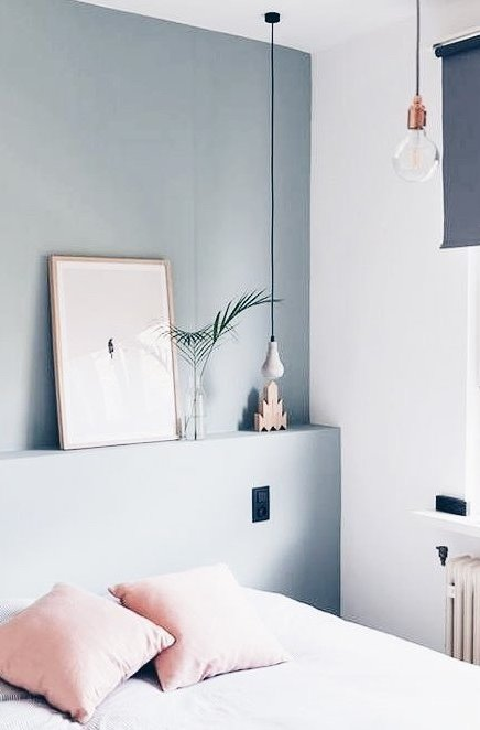 minimalst bedroom decoration