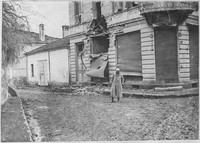 In the streets of Bitola (Monastir) (March 1917). Damage of shell in the Main Street