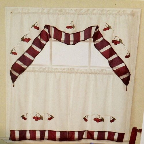 Kitchen Design Ideas: Aunt Jemima Kitchen Curtains