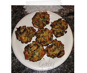 Muffin con albumi, rucola e parmigiano