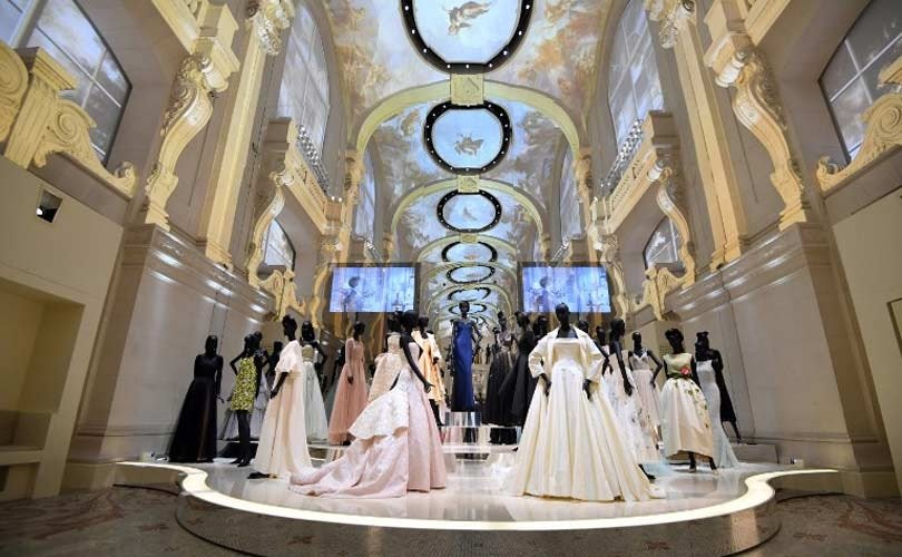 Christian Wallpaper Fall Runway Report Paris Haute Couture Fashion Week