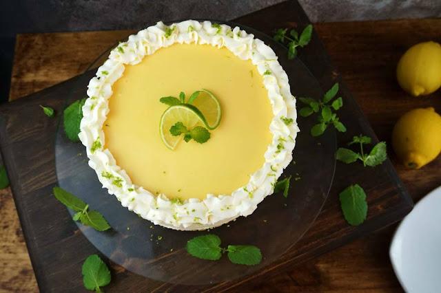 tarta de lima limón con crema de limón