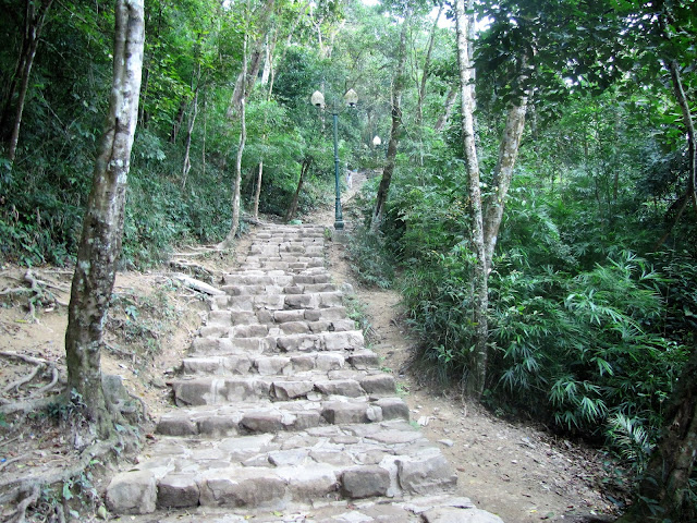 first series stairs yen tu vietnam