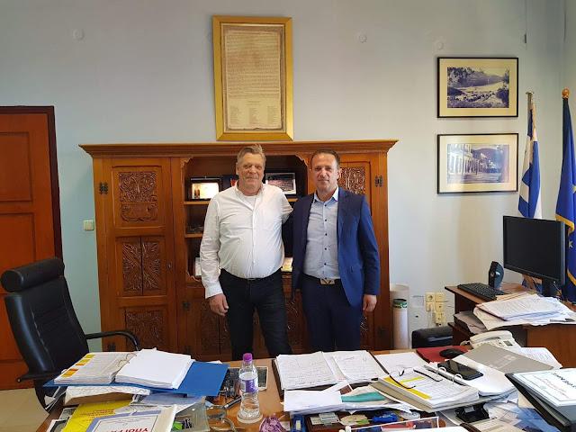 Επίσκεψη του υποψηφίου Δημάρχου Ηγουμενίτσας κ. Γιάννη Κ. Γόγολου στον Αντιπεριφερειάρχη Π.Ε. Θεσπρωτίας κ. Θωμά Πιτούλη.