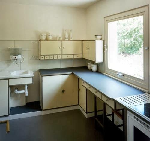 Barquitec los muebles de la bauhauss for Muebles de cocina bauhaus