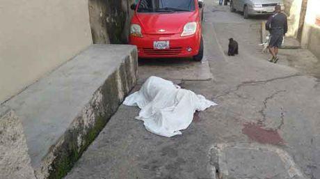 Asesinan a mecánico en Caricuao para robarle el celular