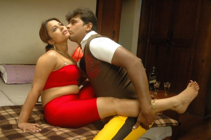 Desi Voyeur College Girl N Bhabhi Thappu Movie Hot Bed -7855