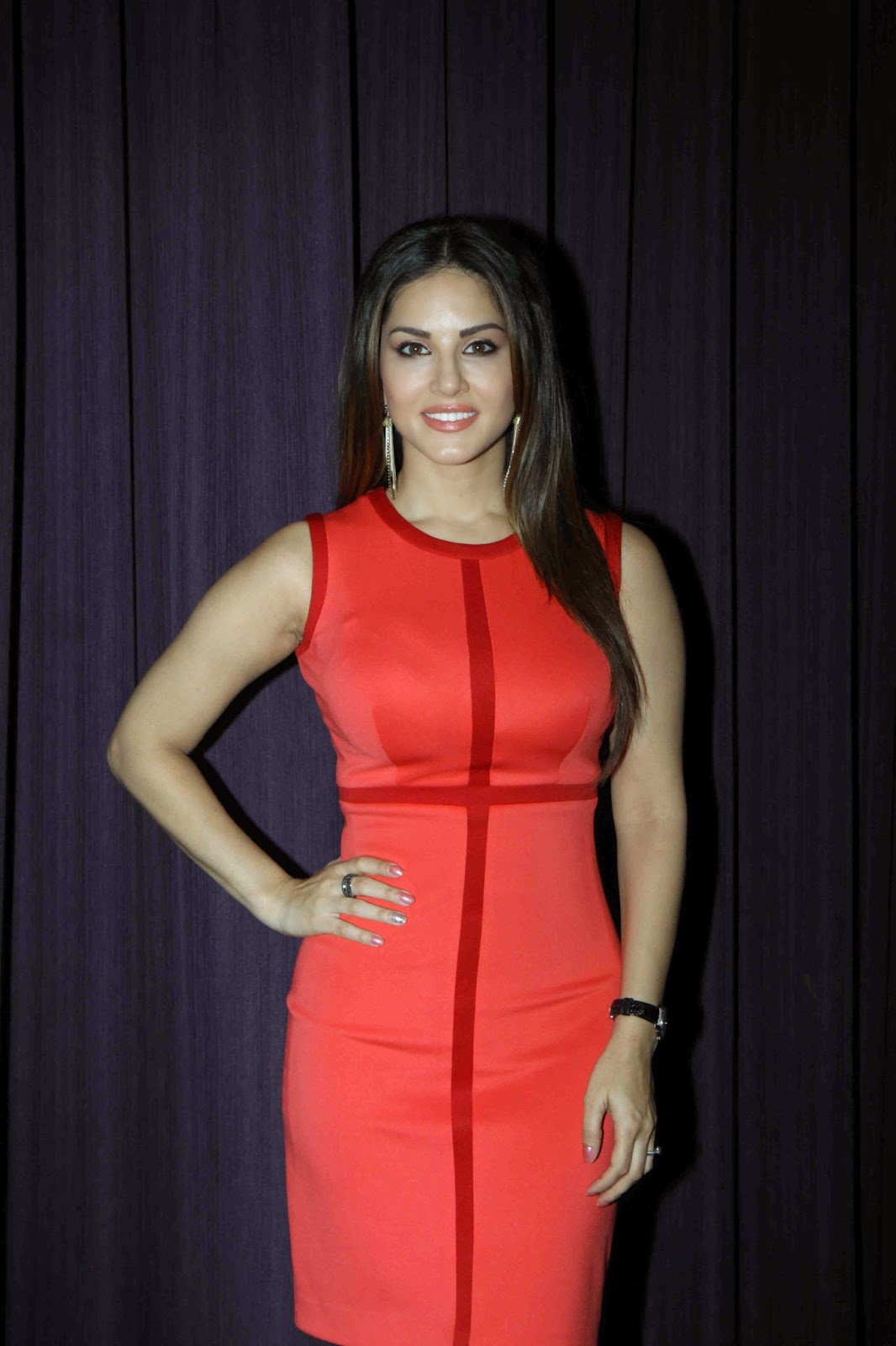 High Quality Bollywood Celebrity Pictures Sunny Leone -2075