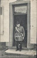 Philippe Demoulin (1809-1912) Arquennes voor zijn café