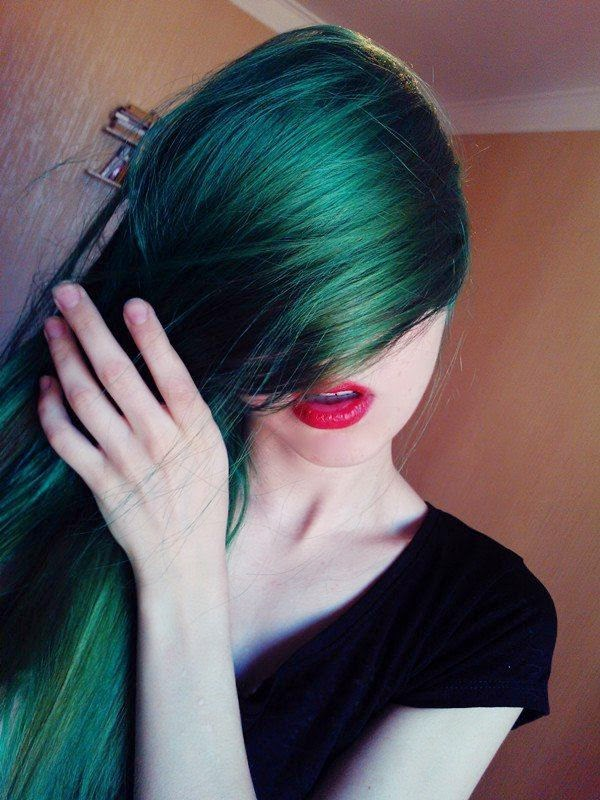 Green hair special! Images and videos! - The HairCut Web