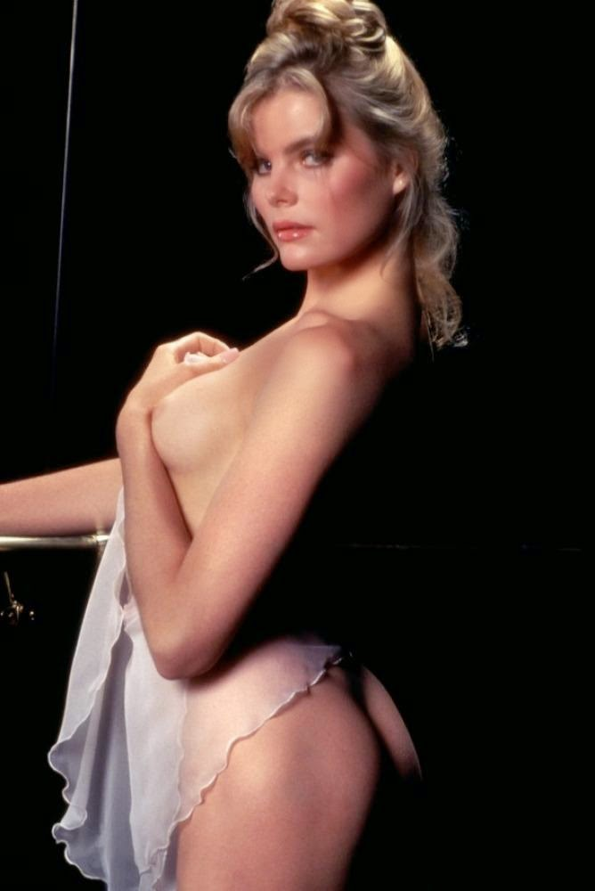 Mariel Hemingway as Dorothy Stratten nude naked sexy boobs Playboy