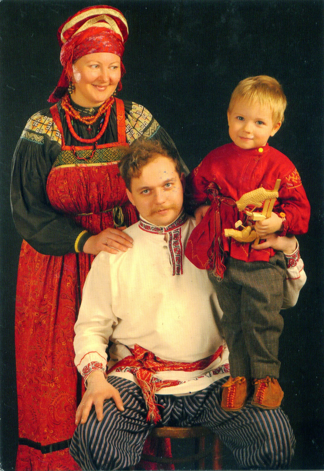 world come to my home russia russian traditional 1041 2867 russia russian traditional clothes