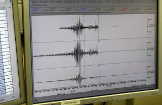 https://freshsnews.blogspot.com/2017/07/15-pollaples-seismikes-doniseis-anastatosan-ta-ksimeromata-to-aigio.html