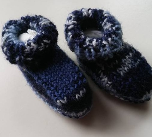 Knitting Terminology Yo : Knitting baby doll socks with free pattern wollyonline