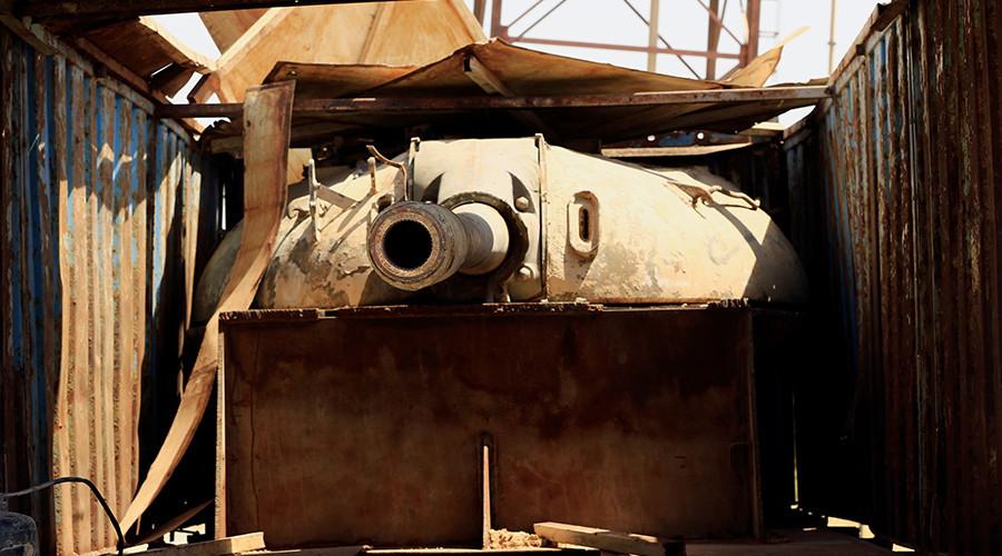 © Thaier Al-Sudani —  Source: Reuters—  Un canon dans une remorque de camion