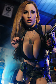 Jordan-Carver-Action-Girl-Photoshoot-Hot-and-Sexy-Pic-17