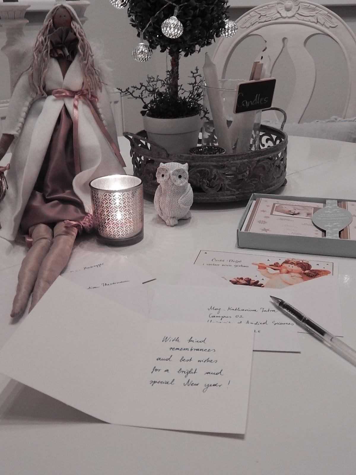 pisane božićne čestitke Božićne čestitke   My charming house No 6 pisane božićne čestitke