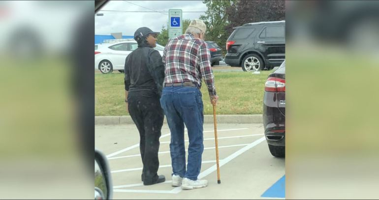 A Burger King Employee In Virginia Help Regularly An Old  Man To His Car Because Of His Bad Back