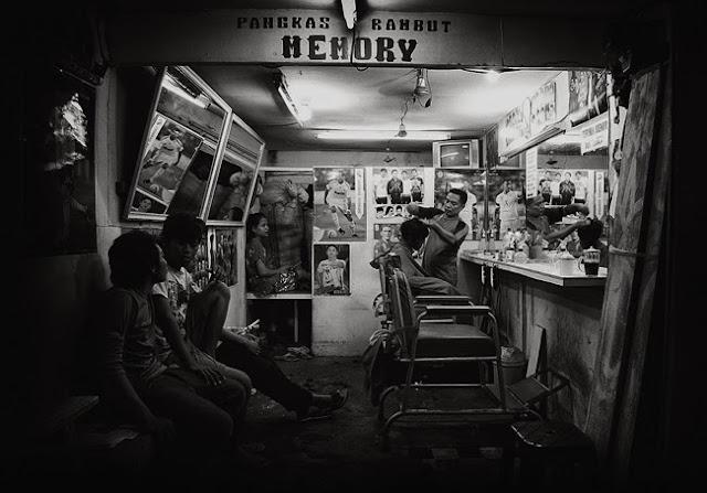 Pangkas Rambut Jakarta by Charlie Hartono