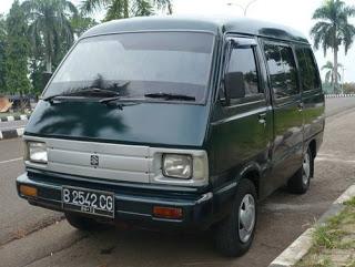 mobil minibus daya muat penumpang
