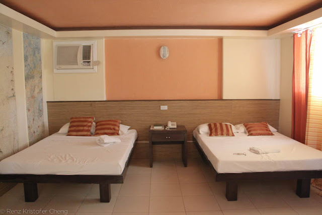 Bacolod Pavillon Resort - Executive Suite Room Beds