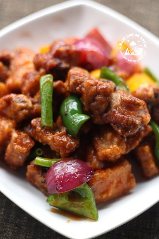 Nasi Lemak Lover: Sweet and Sour Pork Ribs 紅燒排骨