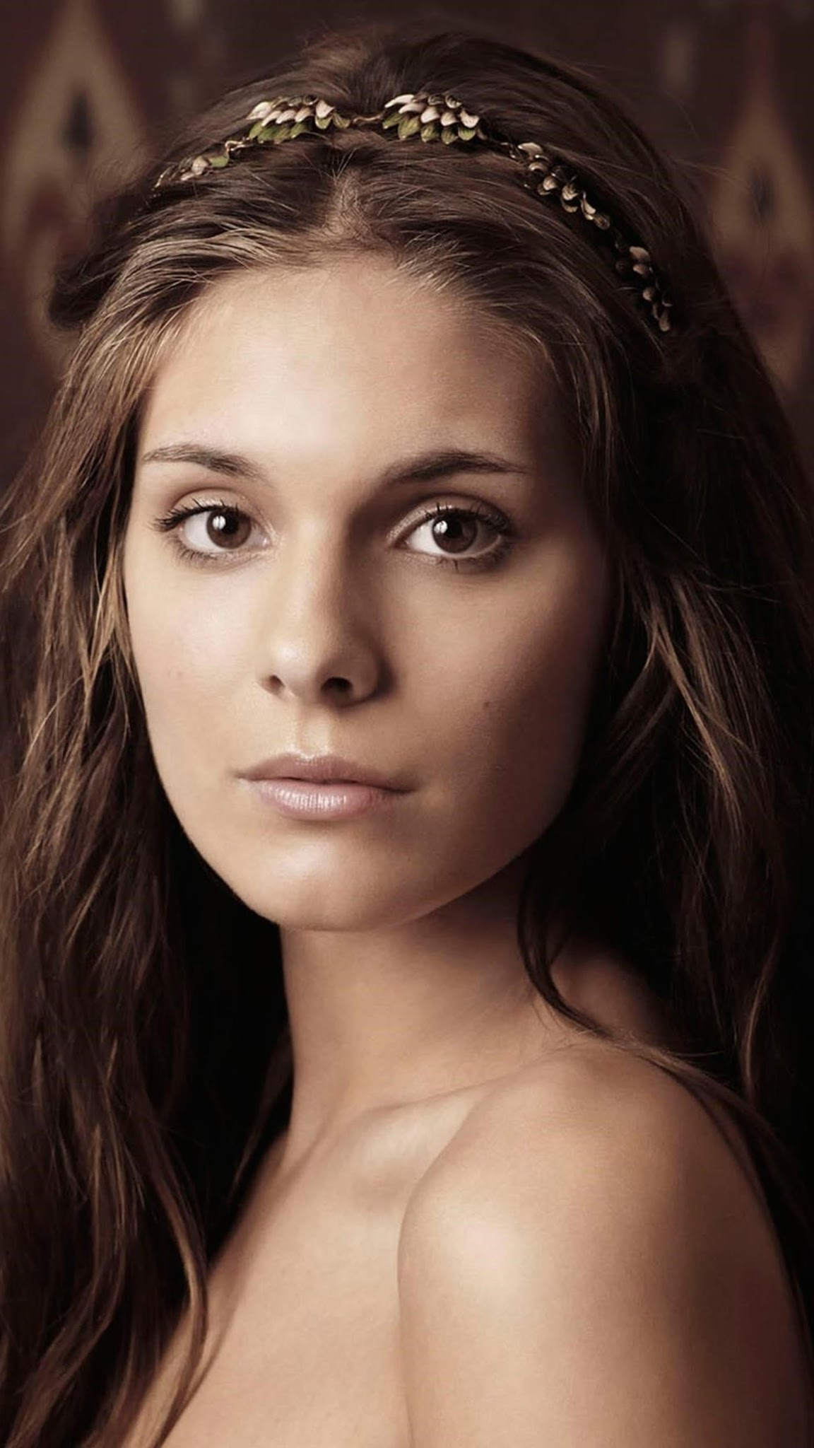 Caitlin Stasey HD Images and Wallpapers