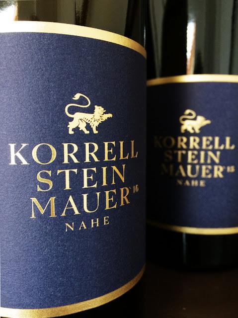 Steinmauer Weißwein Weingut Korrell Johanneshof