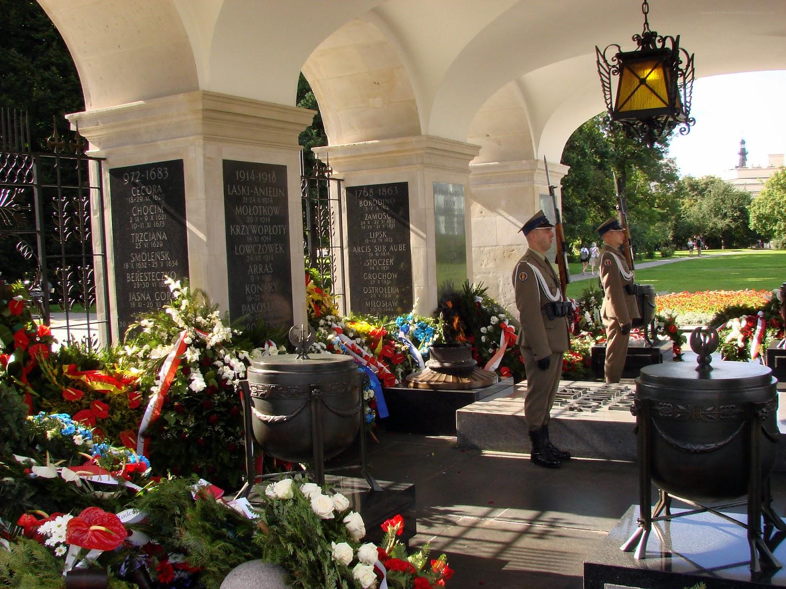 Grób Nieznanego Żołnierza w  Warszawie, 2011