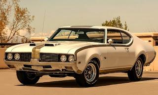 1969 Oldsmobile Cutlass Hurst Olds Front Left