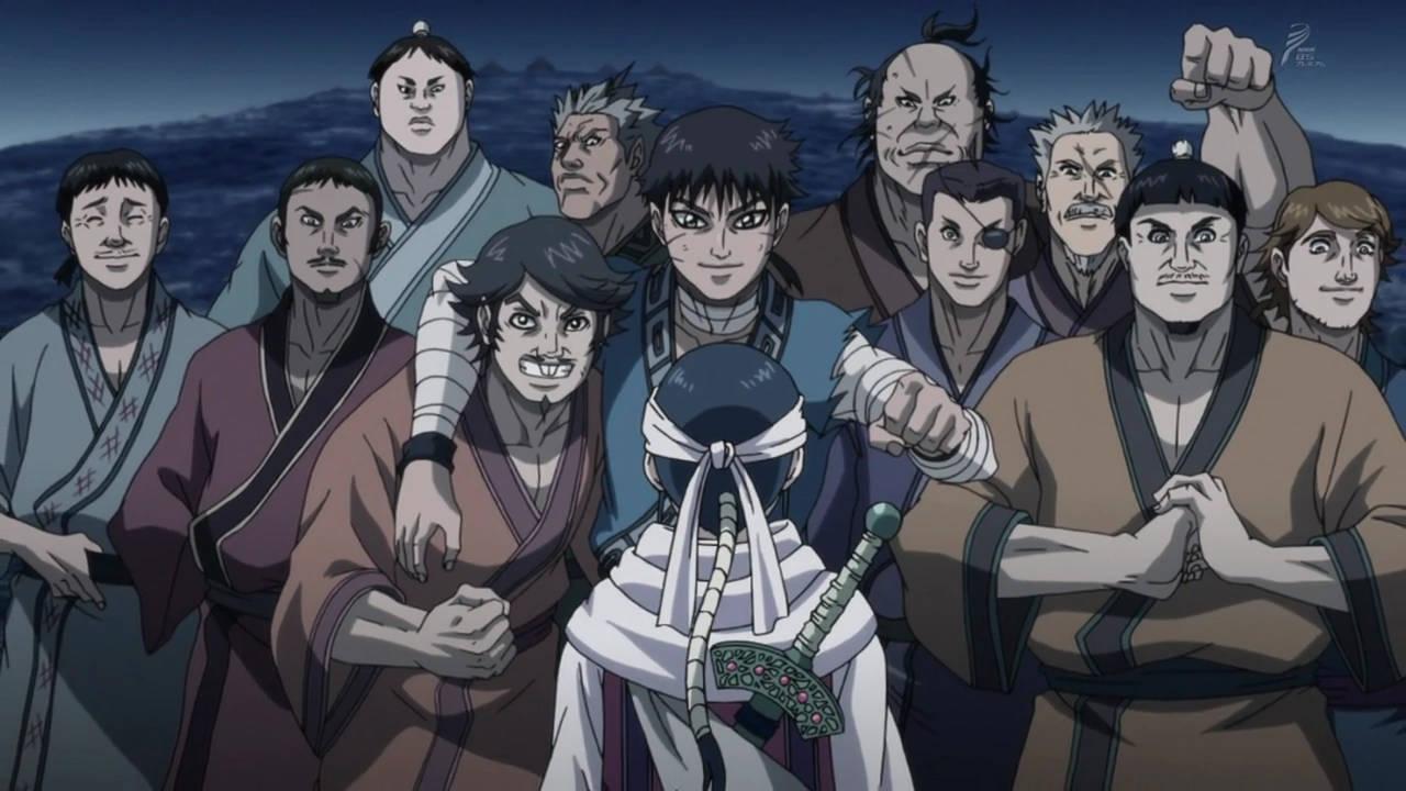 Shin, bohater anime Kingdom w gronie przyjaciół z armii