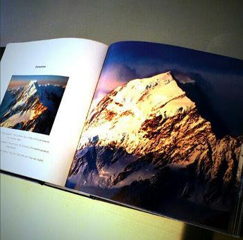 CUBE-BOOK MOUNTAINS