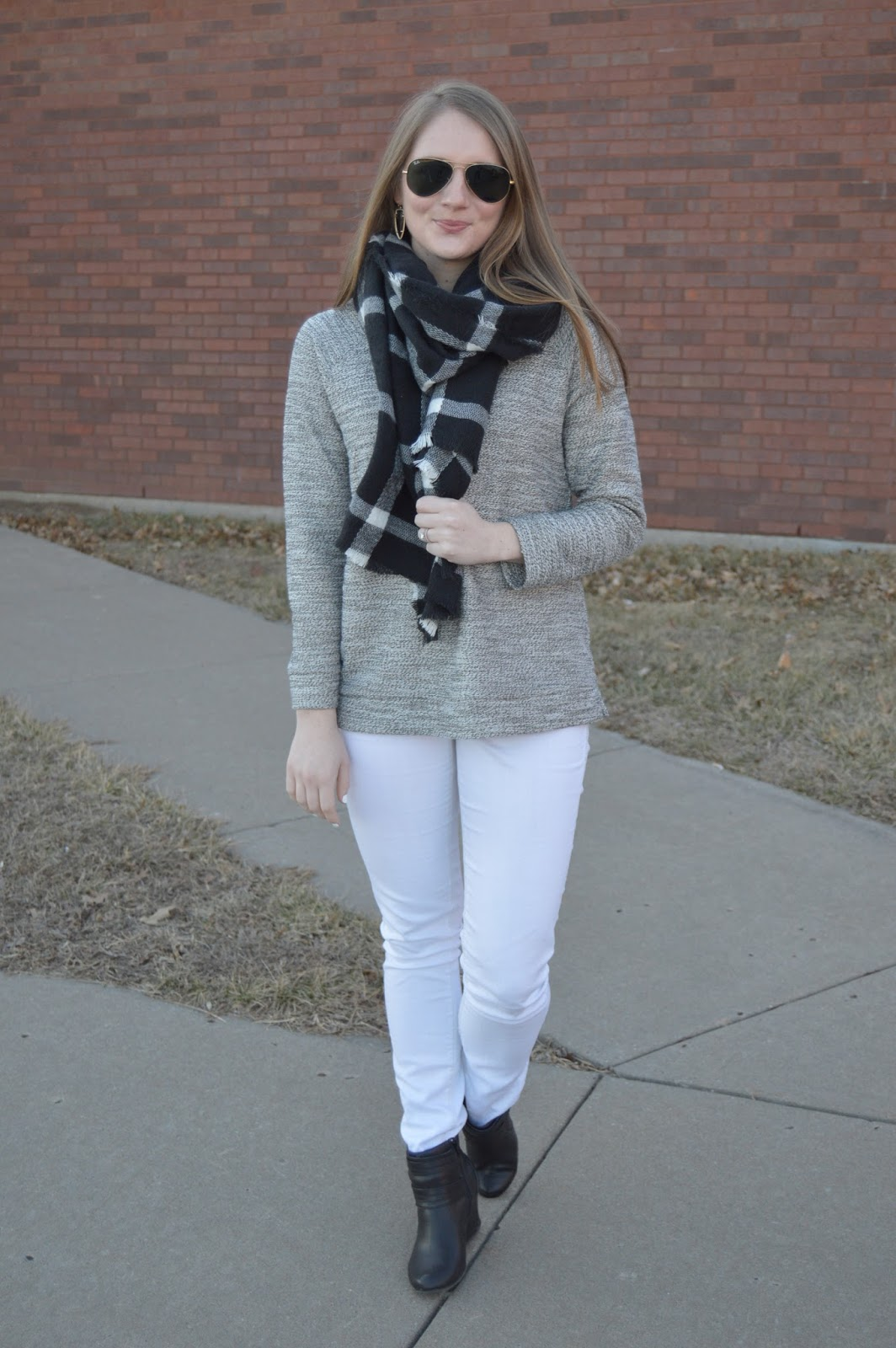 how to style your white jeans for winter