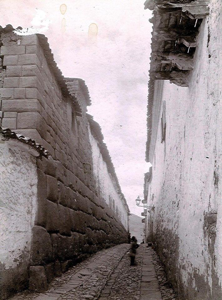 Calle Hatun Rumiyoc en el Cusco - foto antigua