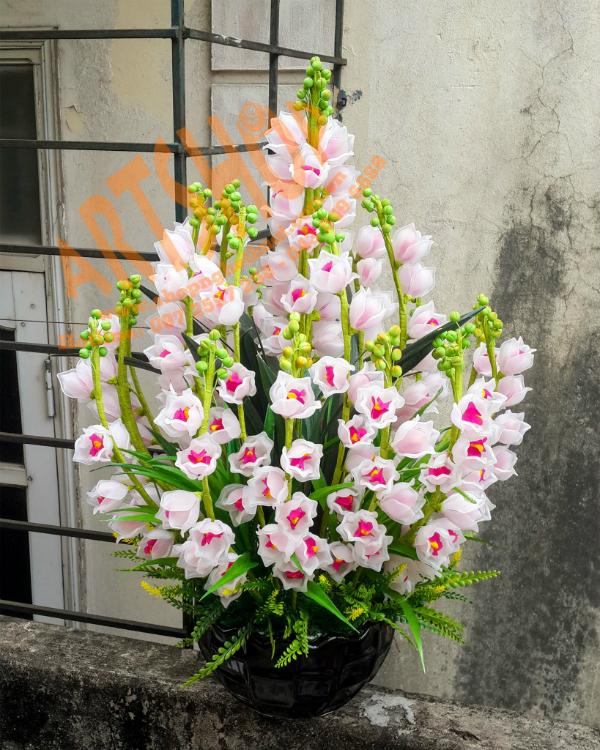 Hoa da pha le o pho Hang Bac