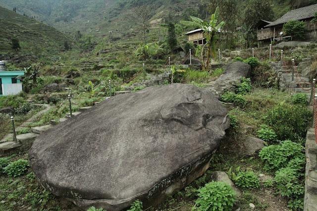 Nam Dan Ancient Rock Field in Xin Man District Ha Giang 1