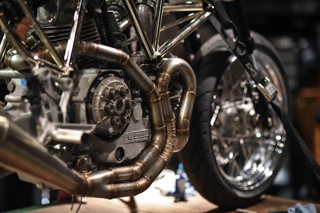 Ducati Monster Showa Fork Racetech