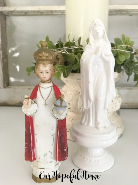 Inarco white Virgin Mary statue chalkware Infant of Prague statue