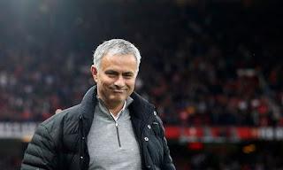 Manchester United Tawarkan Kontrak Baru kepada Jose Mourinho
