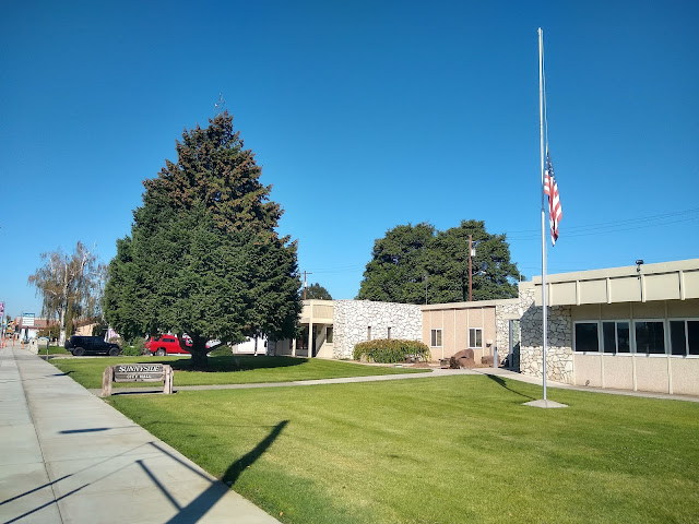 Sunnyside City Hall (flag at half mast)