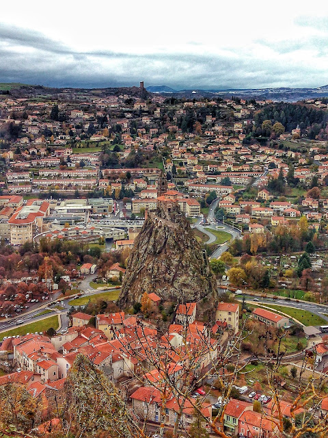 Iglesia San Miguel Aiguilhe Le Puy-en-Velay Francia CaminodeSantiago