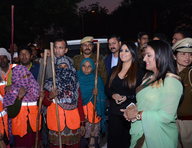 MCF Commissionert Sonal Goyal, Mahima Chaudhary along with the MCF team during cleanliness drive programme