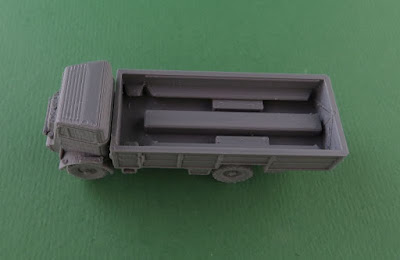 Bedford QLT Troop Carrier picture 2