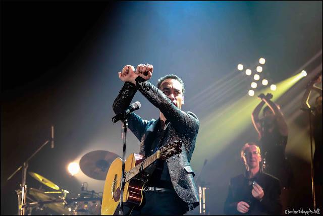 Puisque c'est écrit est le premier album de Jean-Baptiste Guegan. puissant et émouvant.