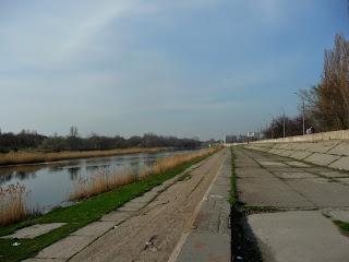Павлоград. Набережна, Ріка Вовча