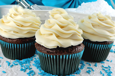 A BETTER CREAM CHEESE FROSTING