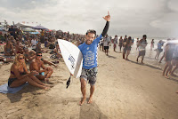 0 Tomas Hermes Vans US Open of Surfing foto WSL Steve Sherman