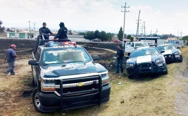 Vehículos, autoridades, camionetas