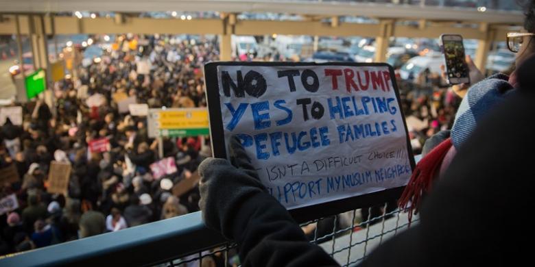 Reaksi Para Pengusaha Internet Mengenai Kebijakan Trump