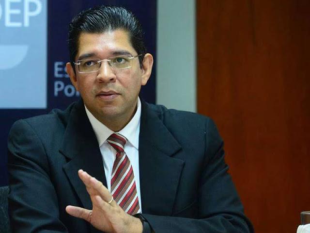 Testigo señala que Luis Mario Rodríguez abrió una cuenta para sustraer fondos para expresidente Saca